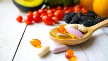 Cách tăng cường sức đề kháng bằng vitamin an toàn trong mùa dịch